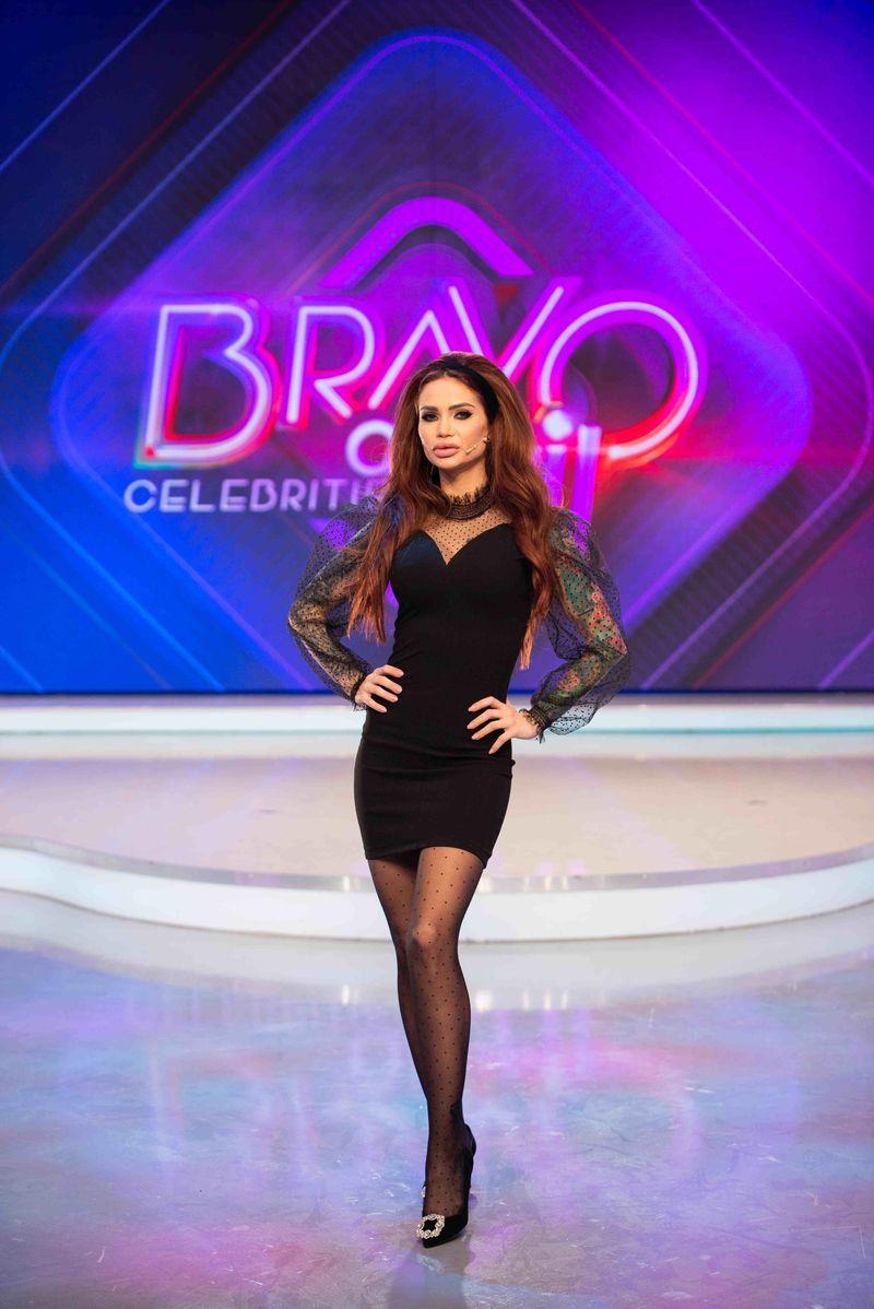 """GALERIE FOTO. În această seară, la ora 22:00, la Kanal D începe bătălia stilistică """"Bravo, ai stil! Celebrities"""" #Primele imagini cu ținutele vestimentare ale celor nouă concurente pe care le vor purta în prima ediție a show-ului"""