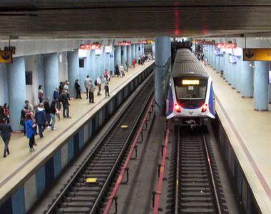 PANICĂ la metroul bucureștean! Un bărbat a fost atacat cu un cuțit
