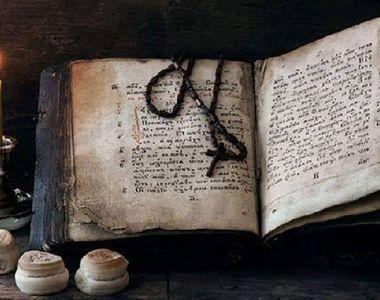 Adevărul despre preoţii care deschid Cartea Sfântă. Puţină lume ştie ce semnifică, de...