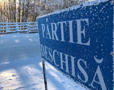 Doi adolescenţi de 17 ani au furat un snowmobil de pe o pârtie din Predeal şi s-au...