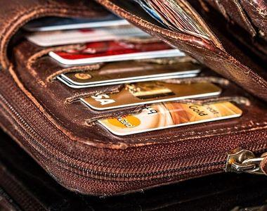 Gestul neașteptat al unei femei care a găsit un portofel cu 3.200 de euro, în timp ce...