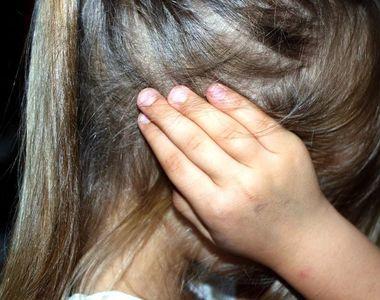 """Șocant: un băiat de nouă ani și-a înjunghiat surioara de numai 5 ani: """"mori, mori!"""""""