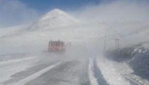 VIDEO | A nins abundent la munte, dar vremea se va schimba radical. Meteorologii vin cu vești bune