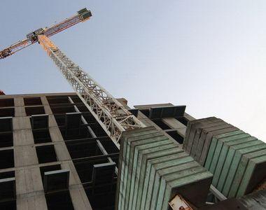 Tragedie în Constanţa: Un bărbat a murit după ce a căzut dintr-un bloc aflat în...
