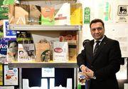 Proprietarul unei fabrici de ambalaje din Iaşi anunţă că vrea să îi angajeze pe cei doi cetăţeni din Sri Lanka
