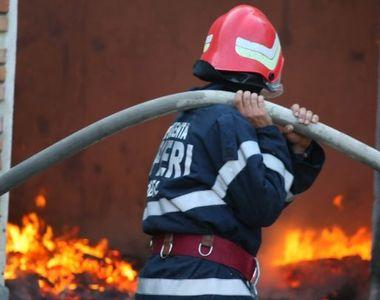 Incendiu în București, chiar peste drum de sediul Poliției Capitalei