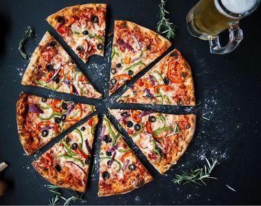 Pizza de casă. Surprinde-i pe cei dragi cu o cină delicioasă