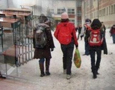 Școli închise. Lista unităților de învățământ unde cursurile au fost suspendate