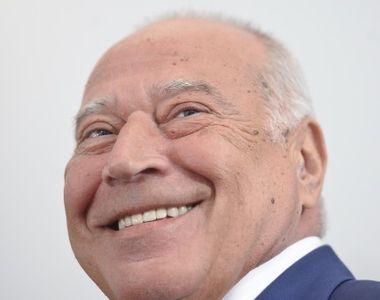 Dan Voiculescu îi propune lui Klaus Iohannis să vină cu o surpriză: A treia cale