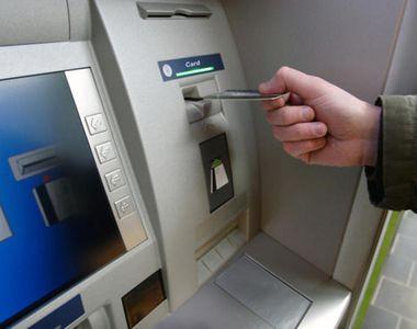 VIDEO | Bancomat aruncat în aer la Sinaia. Poliţiştii caută făptaşii