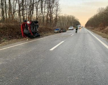 Timiş: Şase accidente rutiere, cu şapte răniţi şi un bărbat decedat, din cauza poleiului