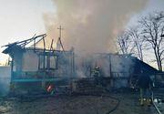 O locuință din Neamț a fost cuprinsă de flăcări. Trupul carbonizat al unui adolescent de 16 ani a fost găsit în casă