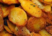 Cartofi la tigaie, cu usturoi. O garnitură delicioasă! Ingredientul care dă toată savoarea