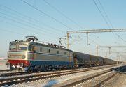 Circulaţie feroviară oprită între Craiova şi Bucureşti după ce 15 vagoane ale unui tren de marfă au deraiat