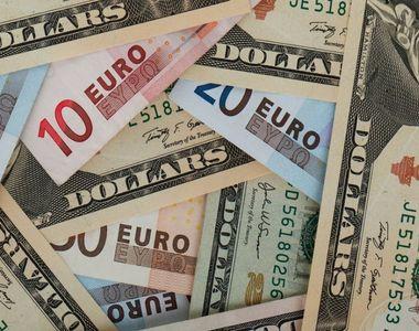 Curs valutar 17 februarie 2020. Euro urcă spre 4,77 lei. Dolarul american şi preţul...