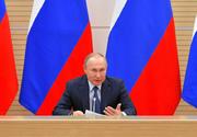 Vladimir Putin l-a concediat pe Vladislav Surkov, unul dintre cei mai importanţi consilieri ai săi