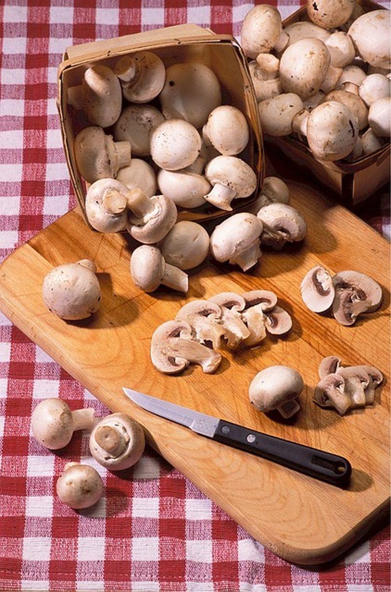 Ciuperci cu maioneza si usturoi reteta
