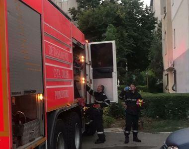Trei persoane au ajuns la spital în urma unei explozii produse într-o garsonieră din...