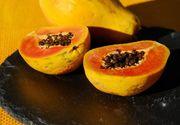 Papaya. Cum se mănâncă și ce beneficii are pentru sănătate fructul minune
