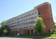 Cetăţeanul italian preluat cu stare febrilă de la Aeroportul din Sibiu rămâne sub observaţie la Spitalul Judeţean, fiind izolat preventiv