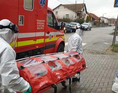 Femeia din Timişoara confirmată cu coronavirus, transportată la spital în condiţii...