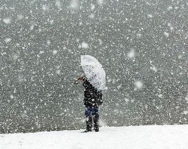 Iarna revine! Jumătate de ţară, sub cod galben de vijelii şi grindină