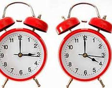România trece la ORA DE VARĂ 2020! Cum trebuie potrivite ceasurile?