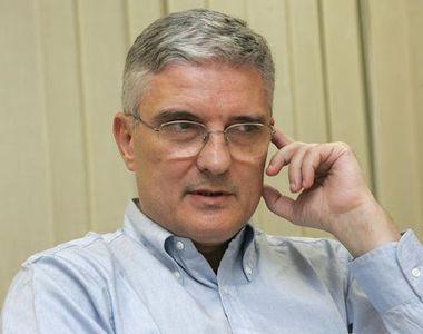 """Daniel Dăianu, șeful Consiliului Fiscal: """"NU tăiem pensii, salarii, dar NU le creștem..."""