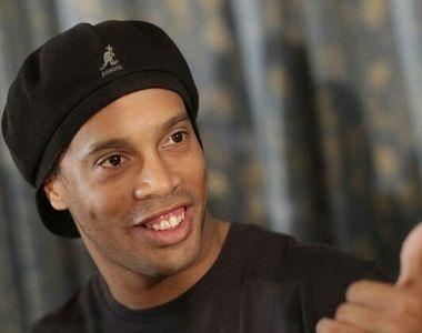 Ronaldinho şi fratele său, acuzaţi de folosirea de paşapoarte false, au fost reţinuţi...