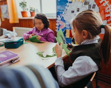 8 Martie: scrisori de la copiii rămași acasă pentru mamele plecate departe de casă. Ți...