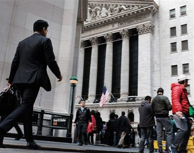 Bursa de pe Wall Street a înregistrat luni cea mai mare scădere zilnică de după criza...