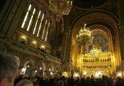 Credincioşii sunt îndemnaţi să asculte slujbele din curtea bisericilor, la difuzoare