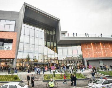 Coronavirus în România. Se închid mall-urile de duminică, ora 22:00