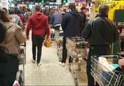 Efectele primelor măsuri severe impuse de autorități: oamenii au format cozi interminabile la supermarketuri