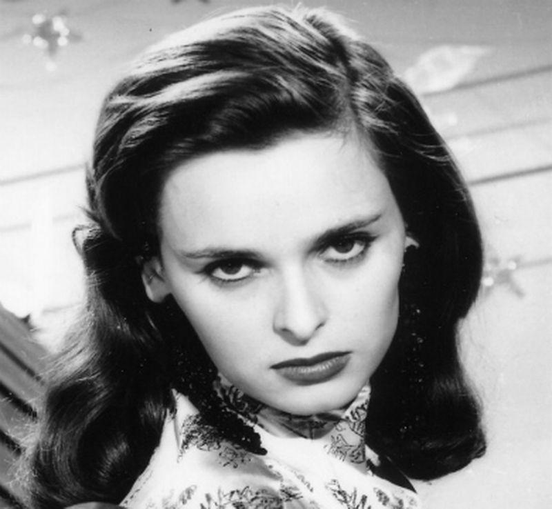 Actriță moartă din cauza coronavirusului