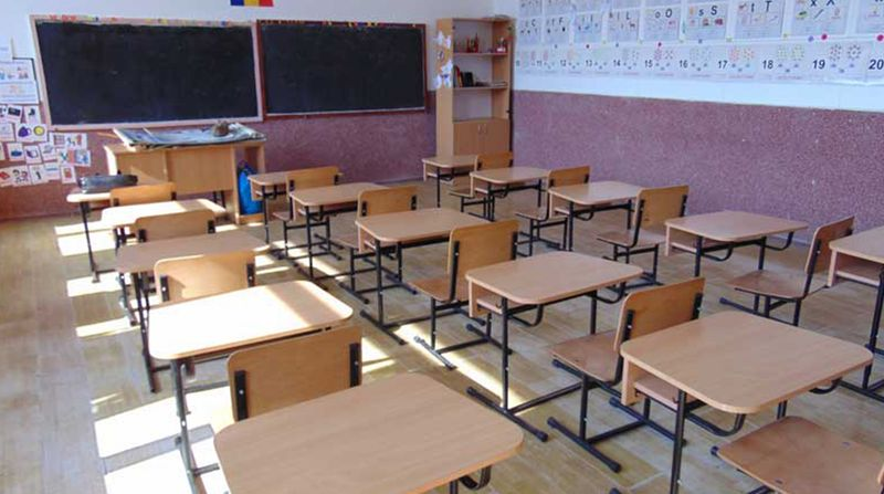 Repetarea anului scolar 2020 - inghetarea anului scolar 2020