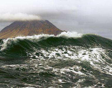 Cutremur de magnitudinea 7,5 în largul Insulelor Kurile, atinse de un val de tsunami de...