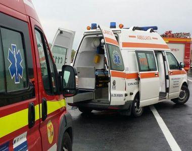 Accident cumplit: Un microbuz care venea din Italia s-a răsturnat pe DN 29 A