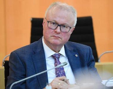 Ministrul de finanţe al landului Hessa s-a sinucis, copleşit de îngrijorare cu privire...