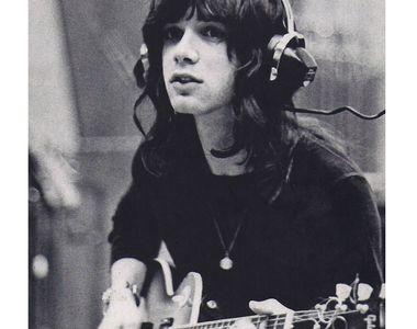 """Alan Merrill, solist al trupei The Arrows şi compozitor al piesei """"I Love Rock 'N'..."""