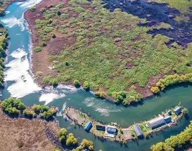Cum arată insula din Delta Dunării scoasă la vânzare pentru 350.000 de euro! Există o...