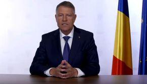 """Unde s-a bronzat Klaus Iohannis în plină criză COVID-19? Președintele României, apariție """"exotică""""! Internauții, furioși!"""