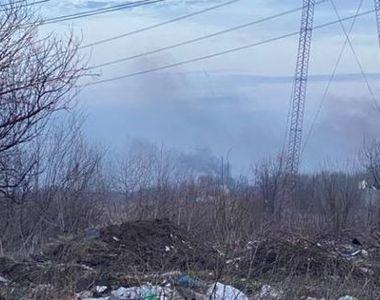Locuitorii din zona de nord a Capitalei, dar şi cei din sectorul 6 reclamă că aerul...