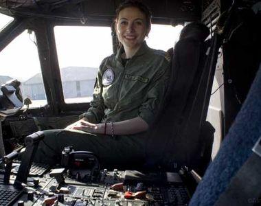 Prima femeie pilot de supersonic din România a condus aeronava NATO care a adus 100.000...