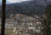 Imagini incredibile de la Azuga, acolo unde o alunecare de teren a pus în pericol viețile a zeci de localnici