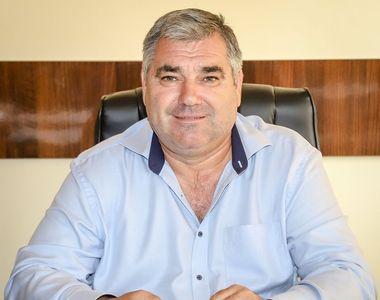 Primarul unei comune din Giurgiu încalcă legea în plină pandemie. Edilul nu poate...