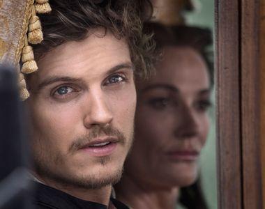 """In acesta seara, de la ora 22:00, nu pierdeti premiera serialului """"Familia Medici:..."""
