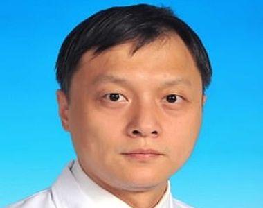 Transformare șocantă! Doi medici din Wuhan care au fost la un pas de moarte din cauza...