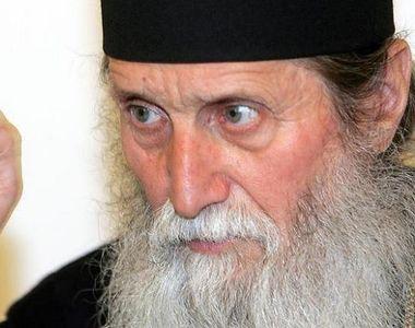 Emoționant! Ce cadou a primit arhiepiscopul Pimen când a împlinit 90 de ani