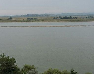Constanţa: Pescar căzut în Dunăre, salvat de poliţiştii de frontieră